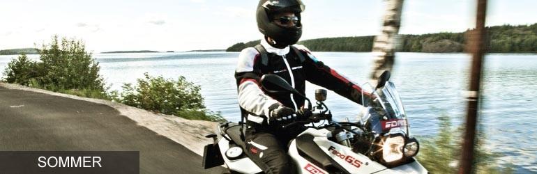 Motorradbekleidung Sommer